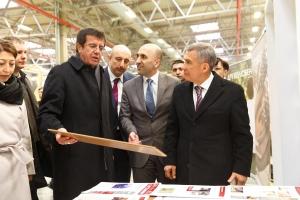 Министр экономики Турции и президент Татарстана посетили завод KASTAMONU в ОЭЗ «Алабуга»